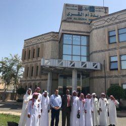 الحكمي يكرم الطلاب المشاركين بمسابقة تحدي القراءة العربي