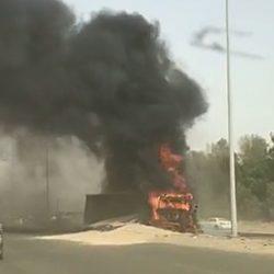 فرق الإنقاذ تباشر حادثة غرق مركبة داخل بحر السهي ووفاة قائدها