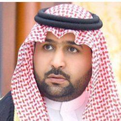 """نائب أمير منطقة جازان ينقل تعازي القيادة لوالد وذوي الشهيد """"الخوري"""""""