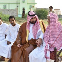 """نائب أمير منطقة جازان يؤدي صلاة الميت على شهيد الواجب """"الحمدي """""""