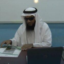 بلدية محافظة العيدابي تواصل أعمال السفلتة بمحافظة العيدابي ومراكزها