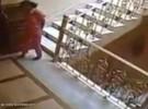 مسلسل ضرب المعلمين يتواصل .. طالب بالمرحلة المتوسطة يعتدي على معلم بالفأس بمنطقة الباحة