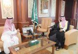 نائب أمير جازان يستقبل محافظ العيدابي واللجنة المنظمة لمهرجان العسل الرابع
