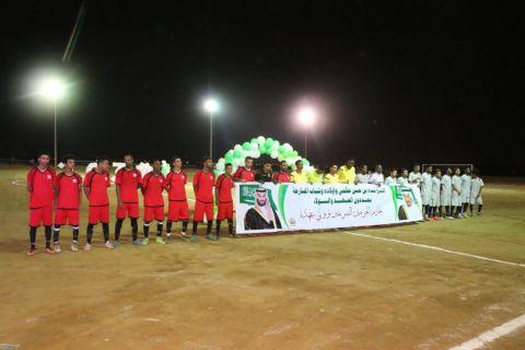 محافظ المسارحة يرعى ختام بطولة الشيخ عبده حسن حكمي الثانية لكرة القدم باجتماعي الهجنبة