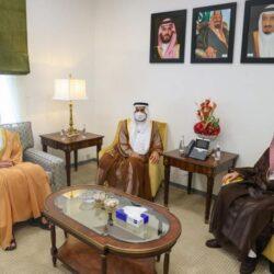 الرياض.. الإطاحة بمواطن ارتكب عدة جرائم سطو على المحال التجارية واعتدى على العاملين فيها