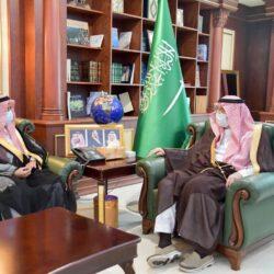 نائب أمير جازان يستقبل مدير فرع هيئة حقوق الإنسان بالمنطقة..