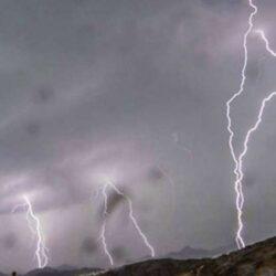 بالفيديو.. أمير جازان لرؤساء البلديات بعد الأمطار: نفذوا بالإمكانات الموجودة ولا تنتظروا الاعتمادات