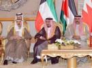 السوريون في المملكة.. عين ترقب قمة الكويت.. وأخرى تدمع على الأبرياء