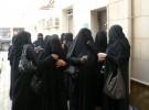 """بالفيديو.. سعودي: حزام الأمان يُشعرني بـ """"الغباء"""" وأبي وجدّي لم يربطاه!"""