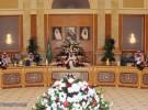 خادم الحرمين الشريفين يستقبل أصحاب السمو الملكي الأمراء و الوزراء وجموعاً من المواطنين